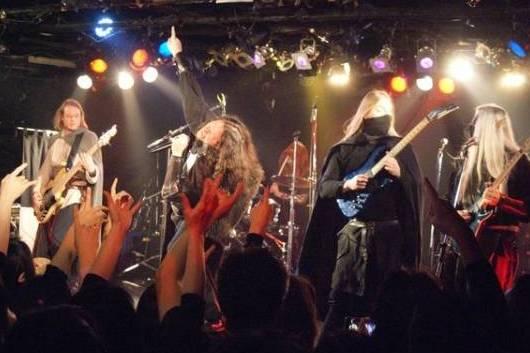 【フォトリポート】いざ、メタルクエストへ!TWILIGHT FORCE来日公演 with GRAILKNIGHTS、RAKSHASA 1月25日@東京・新宿HOLIDAY