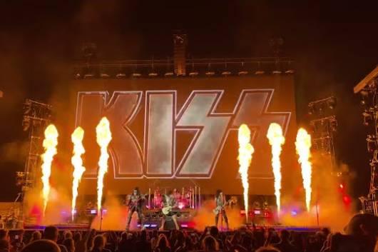 KISSが6月11日に地元ニューヨークの『TRIBECA FESTIVAL』で5曲を演奏!