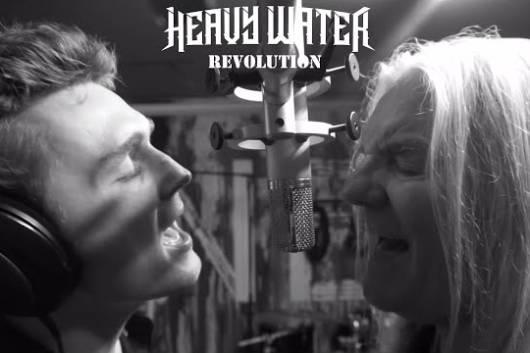 SAXONのビル・バイフォードが息子と組んだプロジェクトHEAVY WATERで新たなMVを公開! デビュー・アルバムは7月リリース!