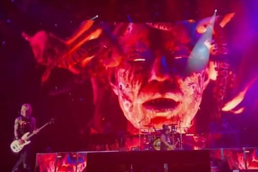 GUNS N' ROSESが8月3日のボストン公演で新曲を披露!