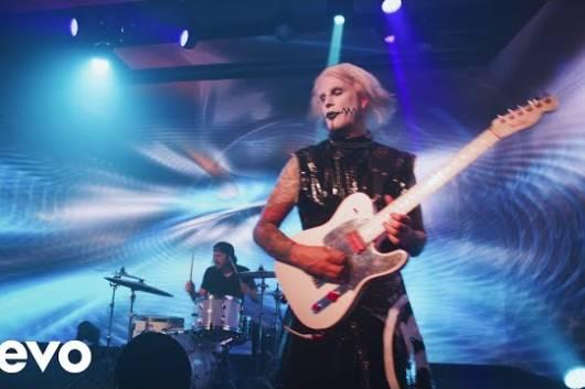 """ジョン5が10月発売のニュー・アルバムからデイヴ・ムステインが参加した""""Que Pasa""""のMVをリリース!"""